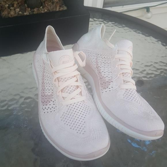 cdc6da59221d Nike Free RN Flyknit 2018 8.5. M 5bbba17f2beb792fd51a3f47